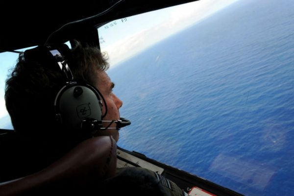 Article image for Tony Abbott wants new MH370 search after revealing mass murder-suicide investigation