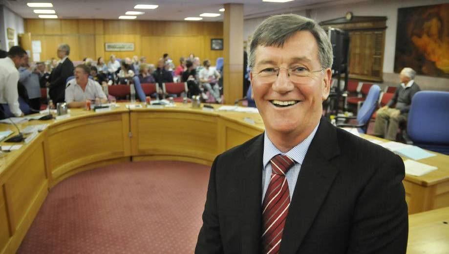 Bathurst Mayor resigns