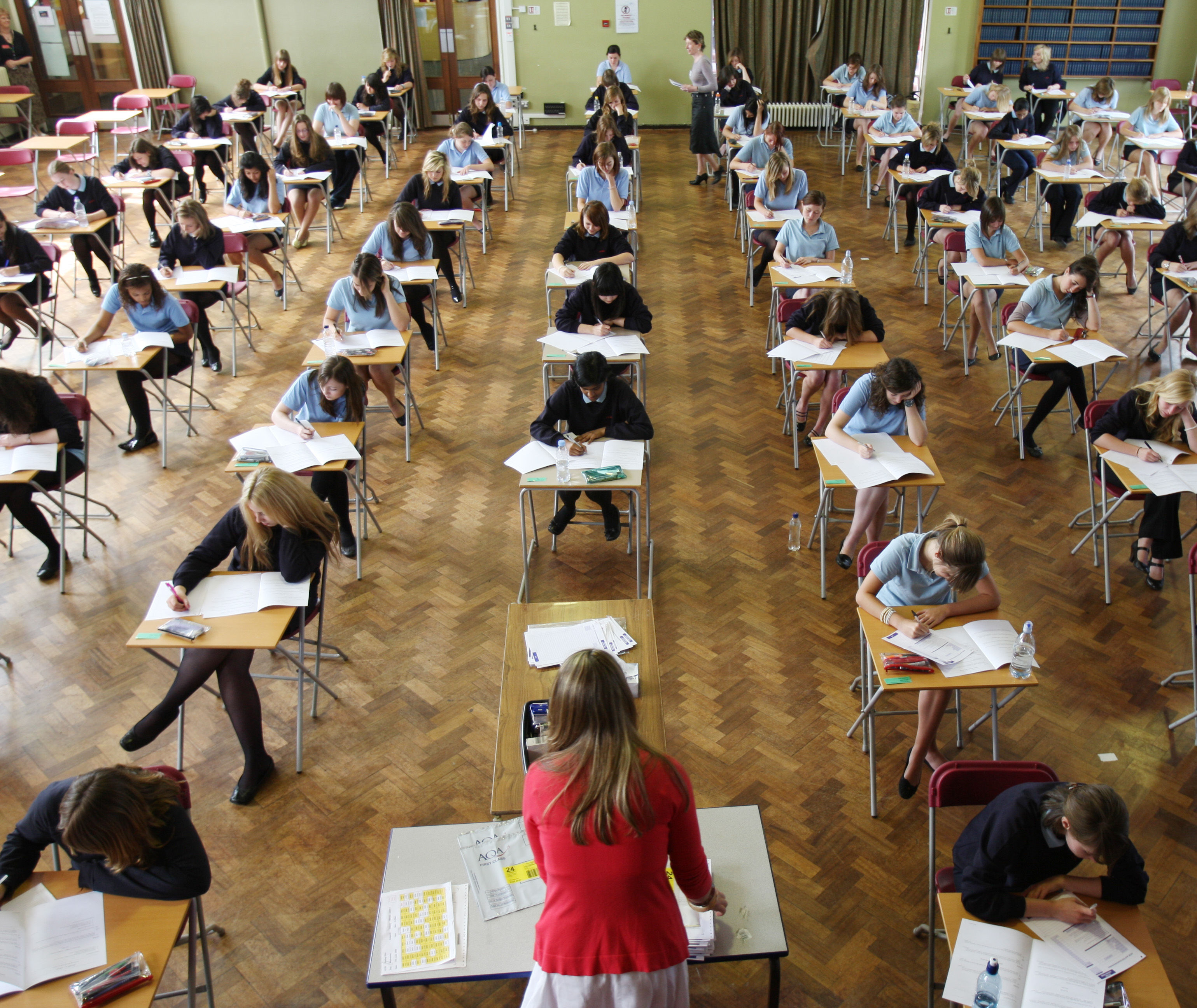 Article image for HSC exams get underway, with a warning