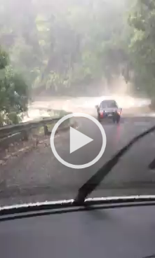 Article image for Macquarie Pass flooding