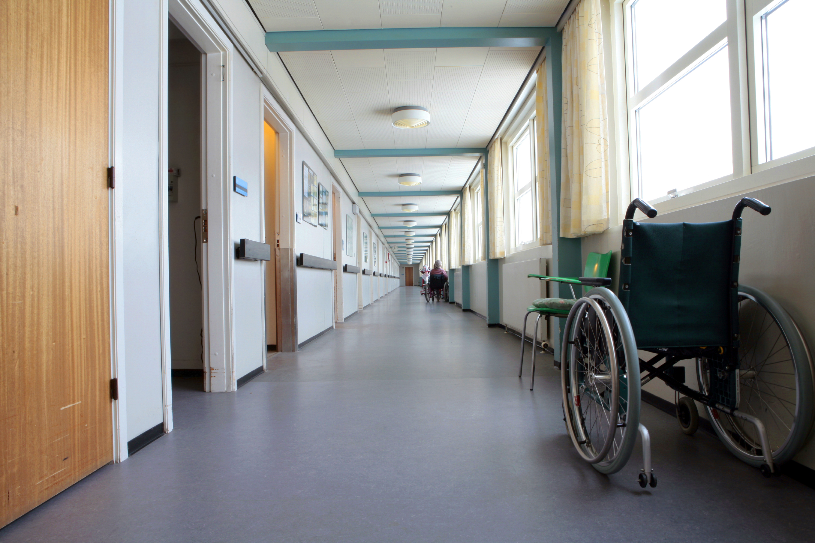 Article image for Sedatives, hypnotics used as 'surrogate' in nursing homes, AMA warns