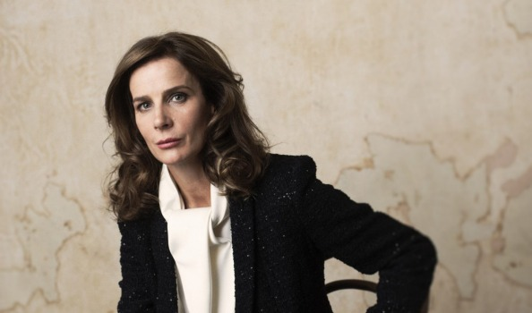 Rachel Griffiths strips off for Art Series Hotels