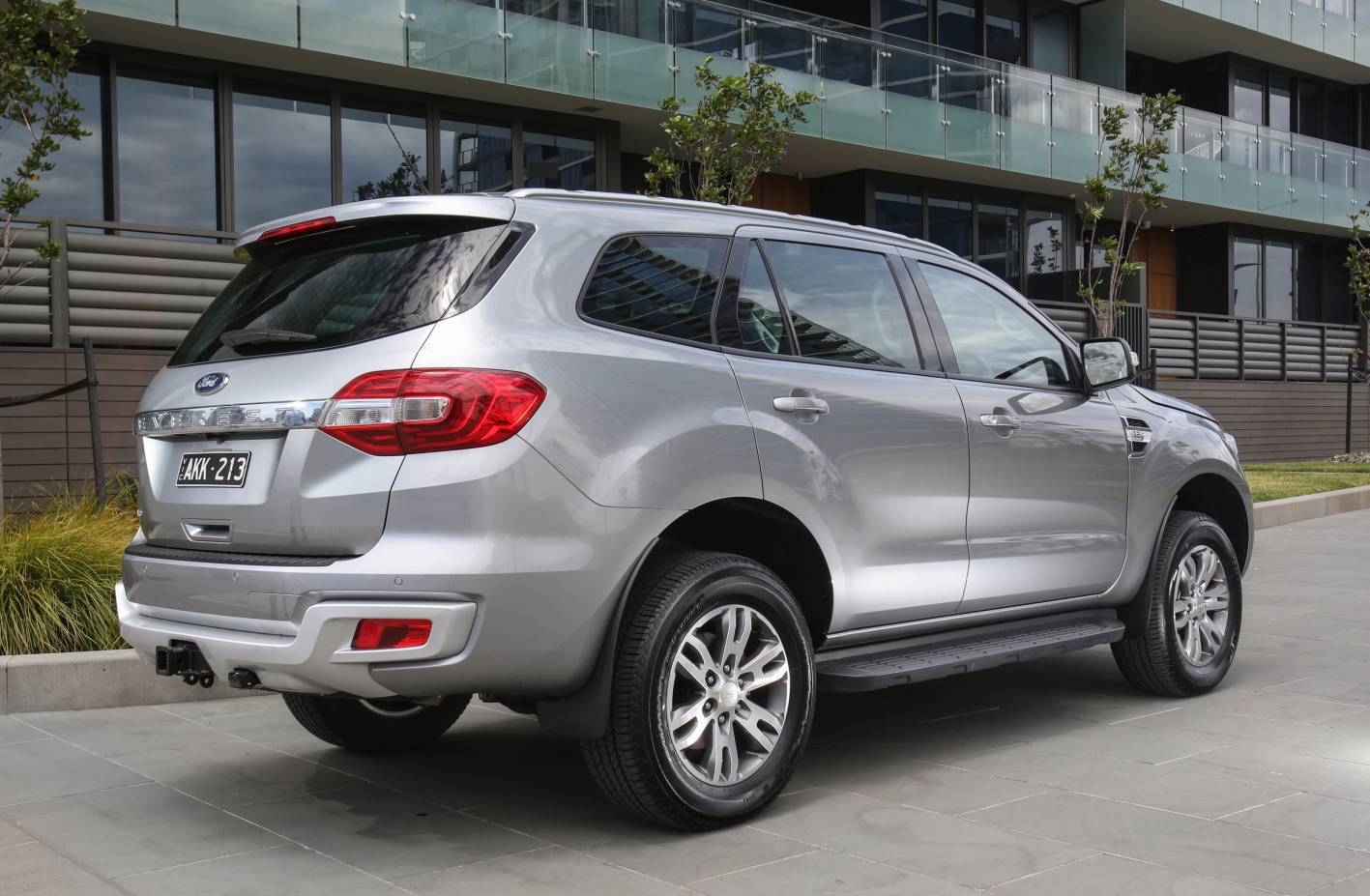 Ford Everest Trend 2WD- 2