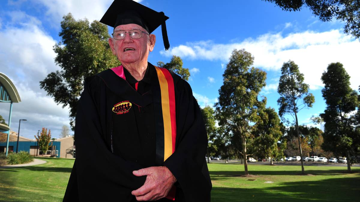 86yo Aboriginal artist, elder Uncle Dennis Seymour graduates from University