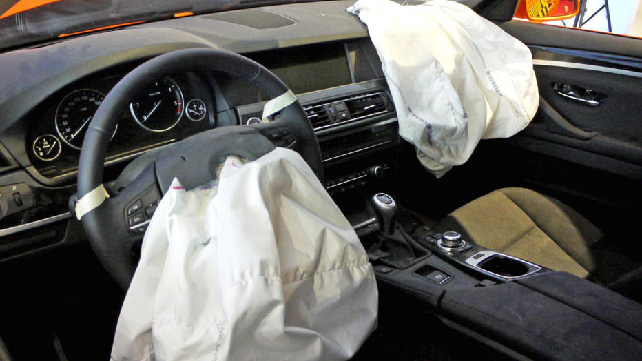 Thousands driving cars with deadly airbags