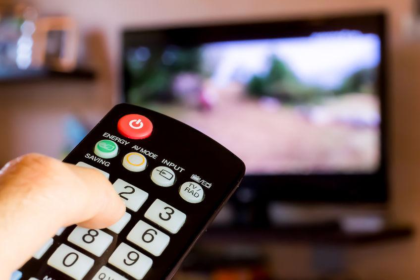 Lachlan Murdoch and Bruce Gordon free to buy Network Ten