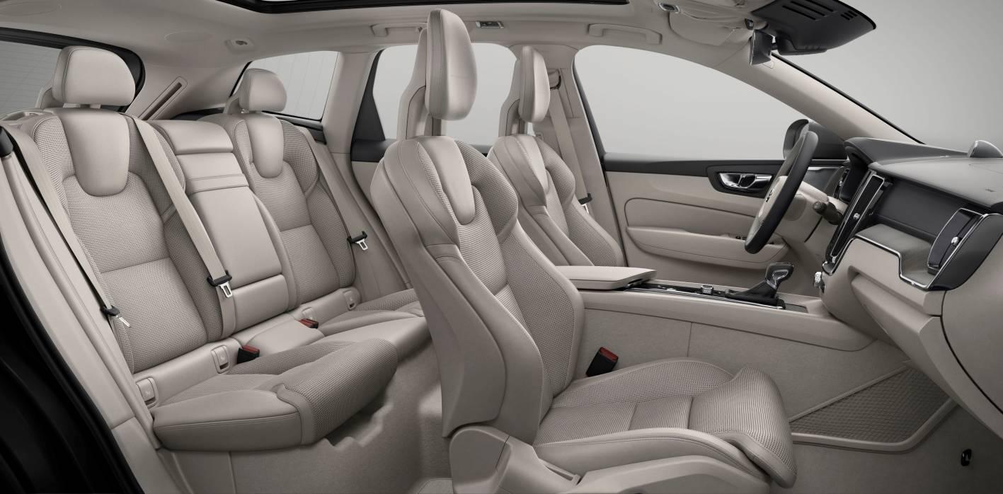 Volvo's new XC60 SUV - 3
