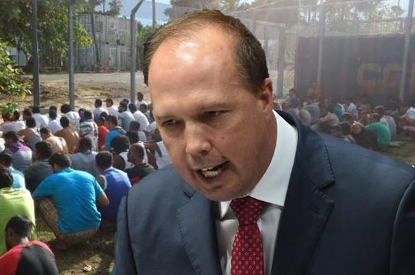 Immigration Minister talks to Ray Hadley as the PNG army storms Manus Island
