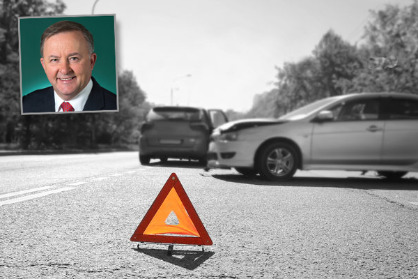 Article image for Inquiry into road safety after record number deaths on NSW roads