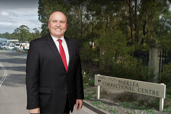 Corrective Services Minister David Elliott calls in about Parklea mess
