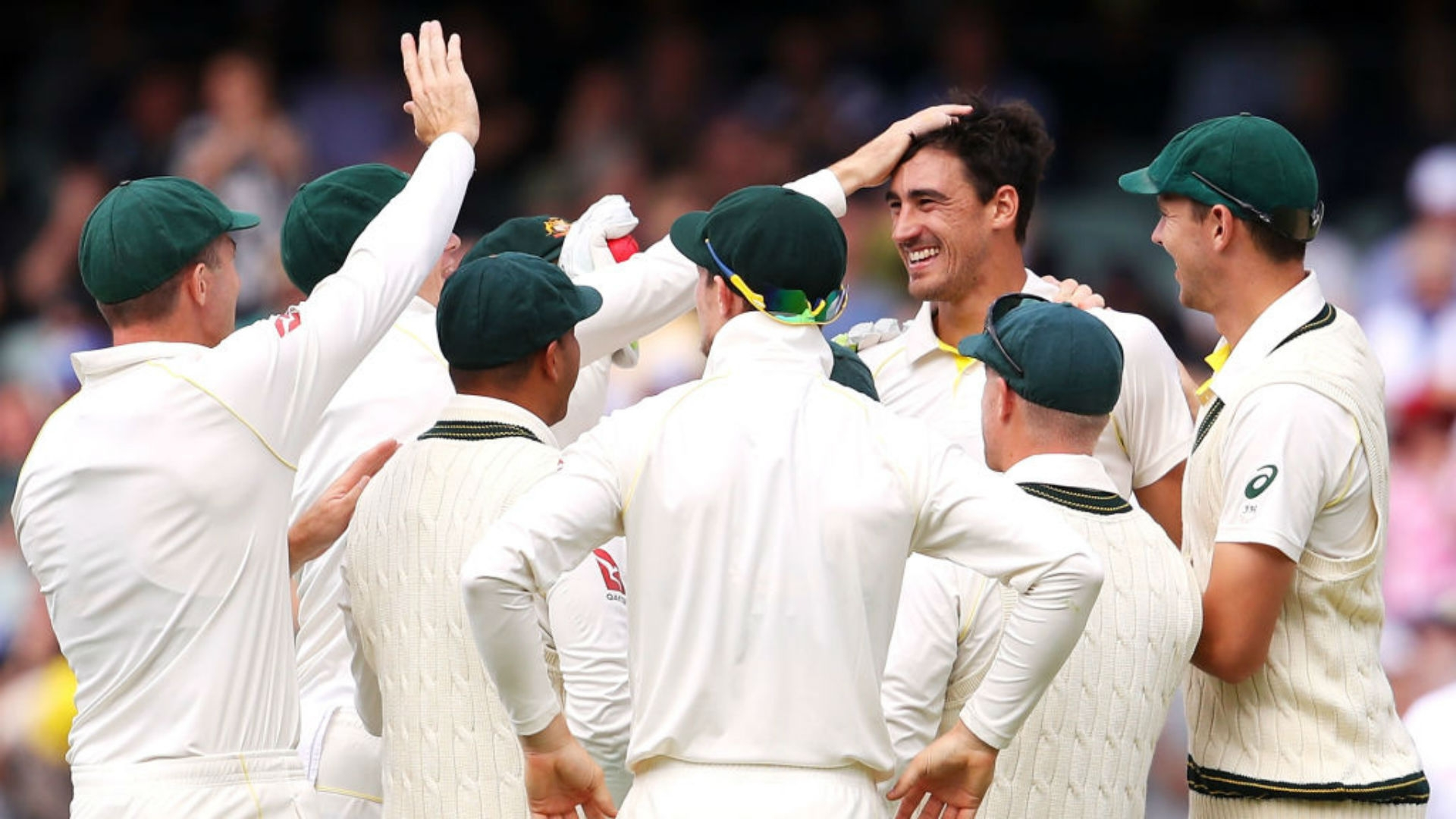 Article image for Star bowler backs skipper's decision not to enforce follow-on