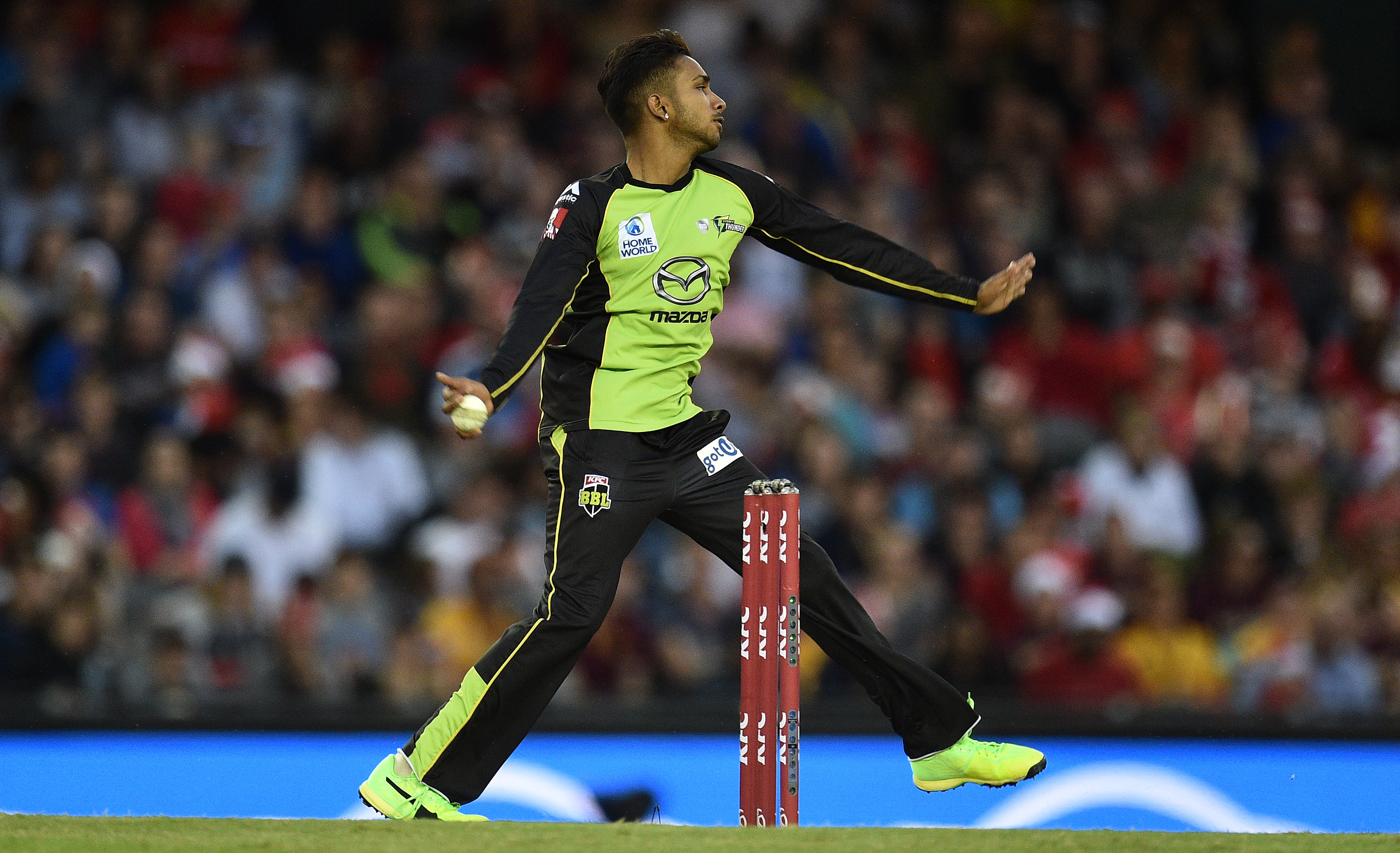 Article image for Thunder spinner banned from bowling for three months