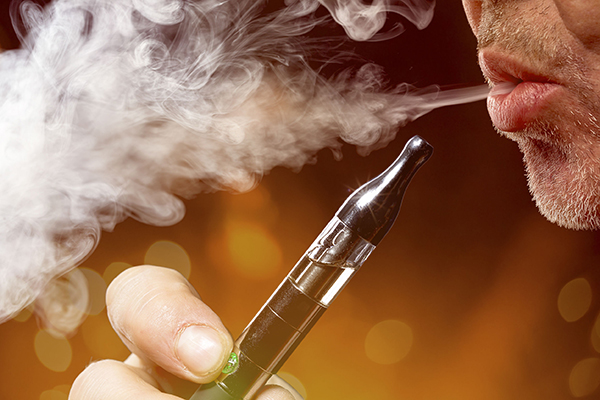 Thousands of Australians are vaping illegally