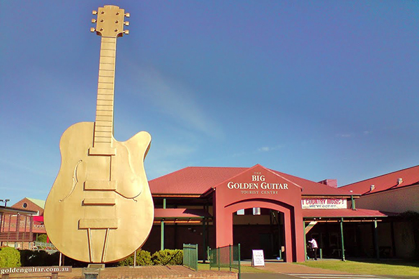 Article image for Ray Hadley calls for Golden Guitars to be 'revamped'