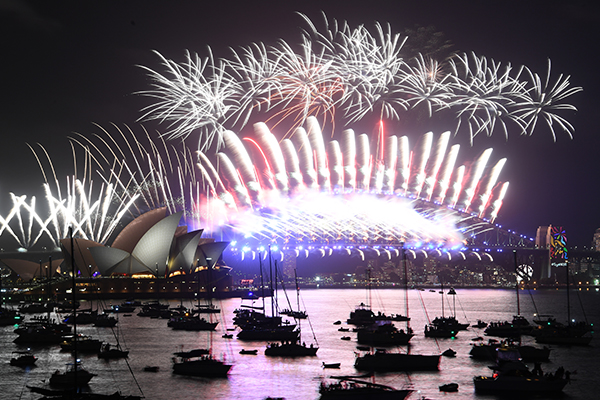 Article image for New Year's Eve: Cracking fireworks display welcomes in 2018