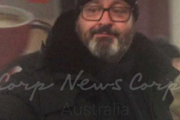 Article image for Clive Palmer's fugitive nephew continues to evade authorities