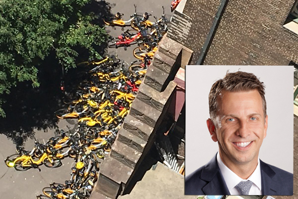 Article image for Transport Minister promises to crack down on 'disgusting' share bikes