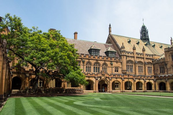 Massive report calls to criminalise hazing at Australian universities