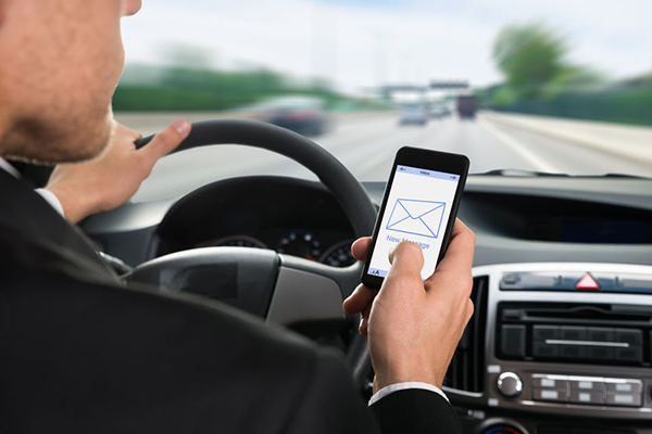 Texting and driving is 'endemic'