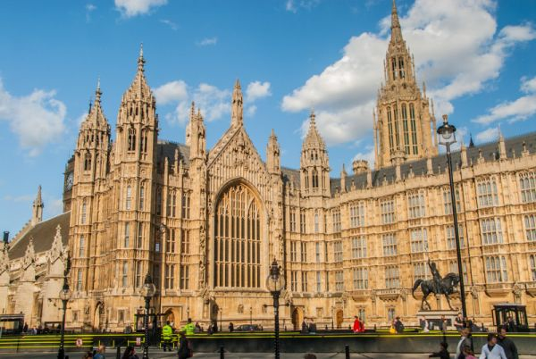 UK MP'S vote to vacate Palace of Westminster