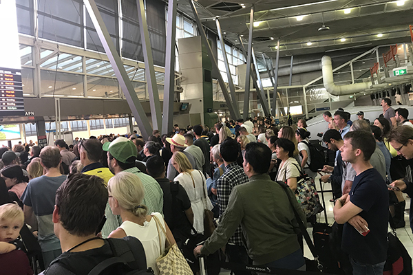 Article image for Security glitch causes chaos at Sydney Airport