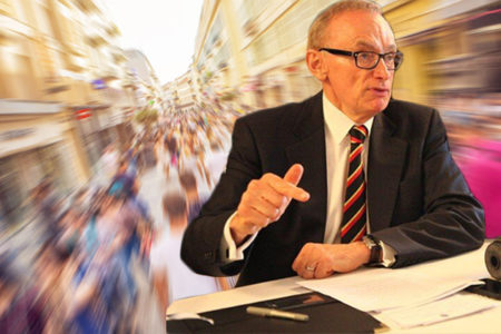 Bob Carr demands action on immigration but admits he did nothing while in government