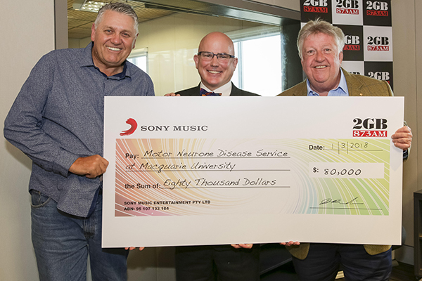 Article image for Ray presents massive cheque for a deserving cause