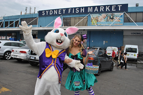 Sydney Fish Market swamped with Good Friday customers