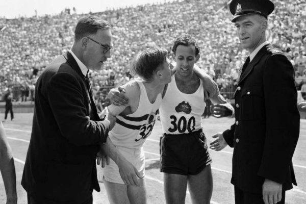 Article image for Aussie legend pays tribute to his greatest rival, Sir Roger Bannister