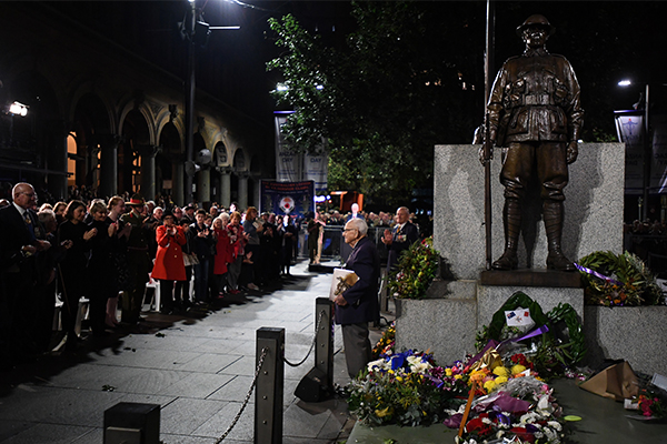 Article image for Thousands of Australians honour the bravery and sacrifice of our Anzacs