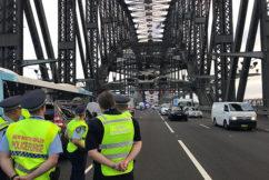 UPDATE | Police end Sydney Harbour Bridge stand-off