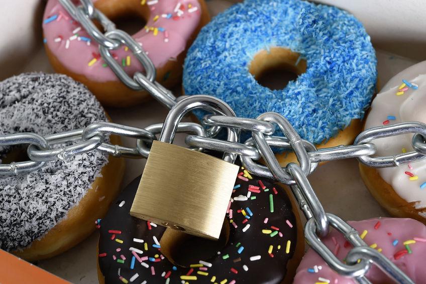 Article image for Doctor debunks research urging junk food off prime-time TV