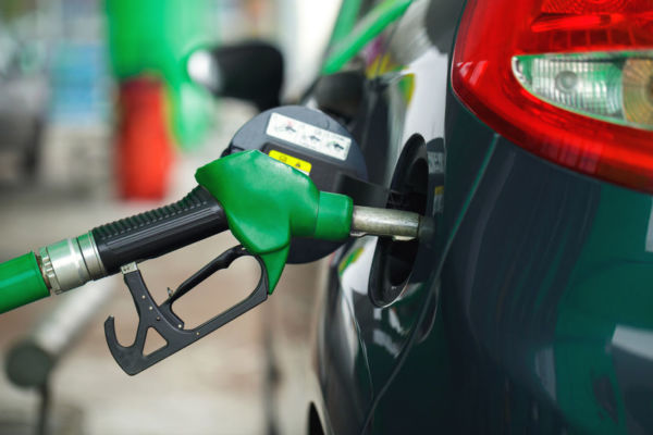 Article image for Motorists stung by petrol retailers and oil cartels as fuel price soars
