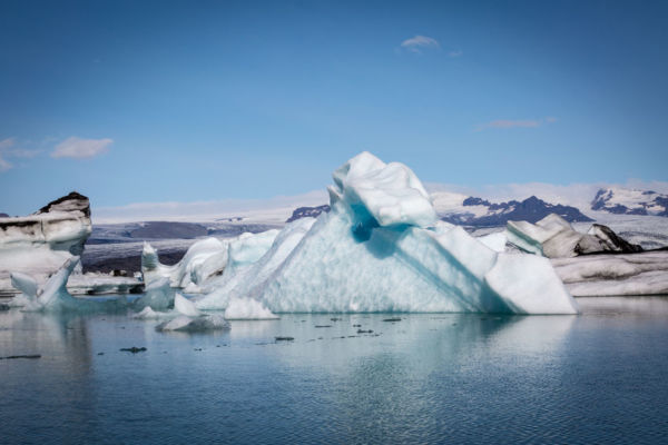 Article image for Former professor takes aim at climate change science