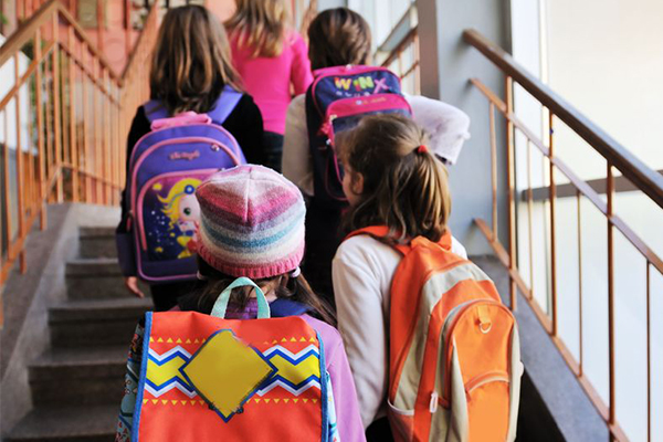 Article image for Backpacks not linked to back pain in kids