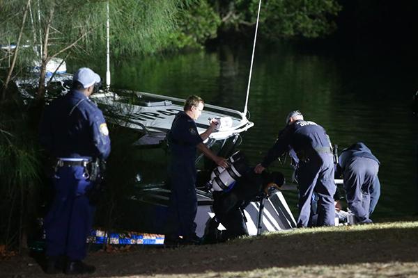Article image for Stolen car plunges into Parramatta River