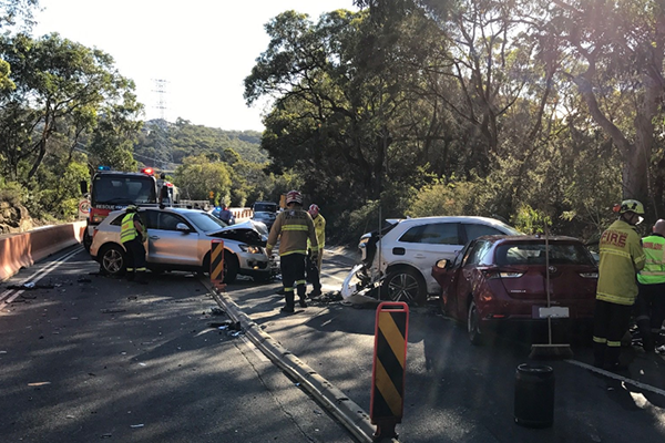 Article image for Wakehurst Parkway closed following three-car crash