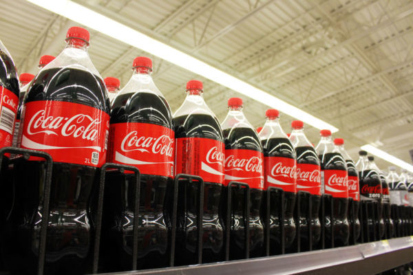 Article image for Industry vows to drop sugar in soft drinks but size may suffer