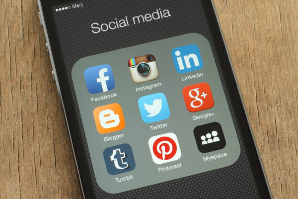 Article image for Nan and Pop driving teens to ditch popular social media platform