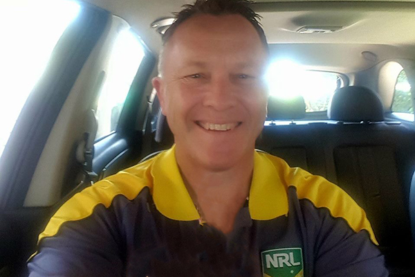 Article image for Retired NRL referees blow the whistle on financial scammer