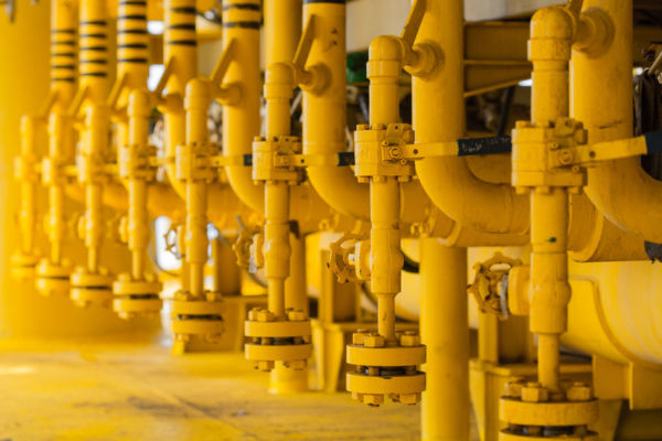 Article image for Senator Molan 'uncomfortable' at Hong Kong's $13 bn bid for Australian gas network