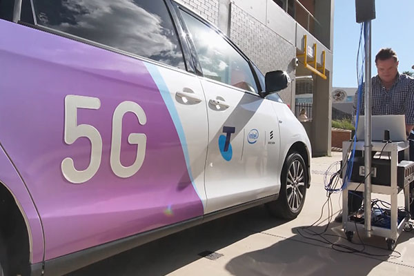 Article image for Heavyweights meet to hash out international 5G network standards