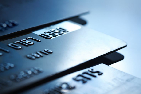 Article image for ASIC warns of 'debt trap' as Australians cripple under $45 billion credit card debt