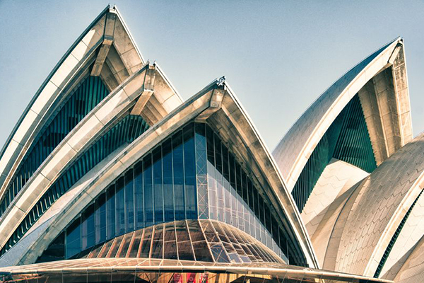 Article image for At-risk Muslims could get free Opera House tours in an anti-terror attempt