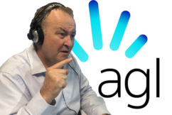 'It's unmatched, alright': Chris Smith slams 'pathetic' AGL drought donation