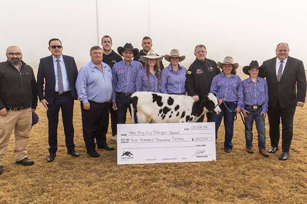Article image for Phil Gould ups Penrith Panthers' drought donation to $200,000