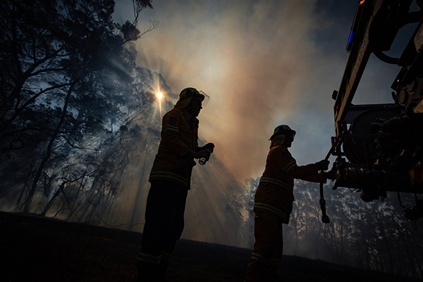 Article image for Four teenagers charged with lighting Blue Mountains bushfire