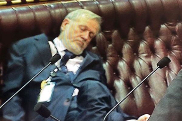 MP caught dozing in parliament assures Ben Fordham he has good reason