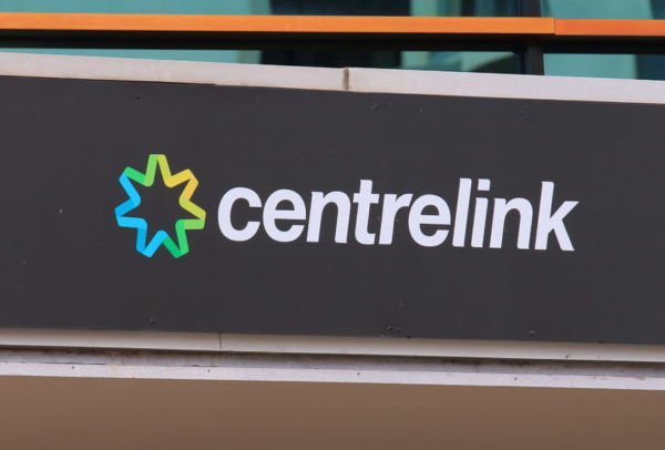 Article image for Newstart payment should be increased by $7 a day, chief economist says
