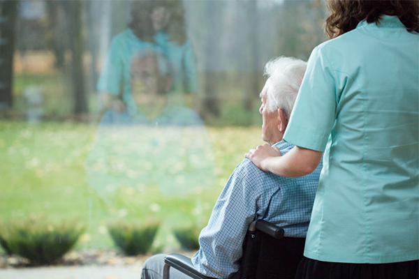 Article image for Doctors and nurses demand fix for aged care